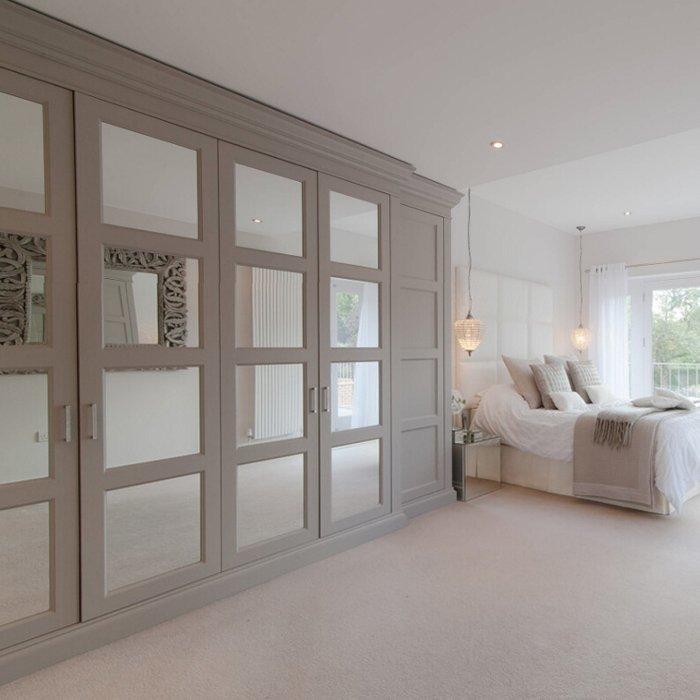 Custom Mirror Sliding Door Wardrobe Cabinet