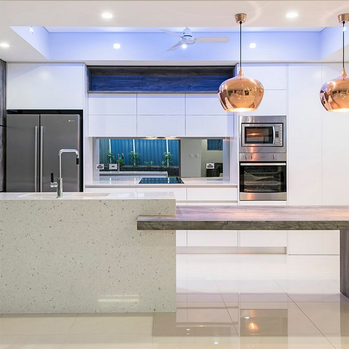 Custom High Gloss White Lacquer Kitchen Cabinet